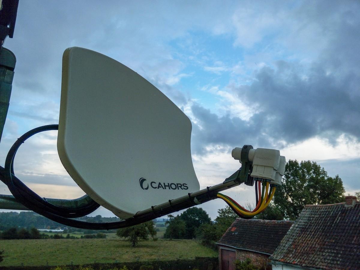 Antenne satellite Cahors Bisat