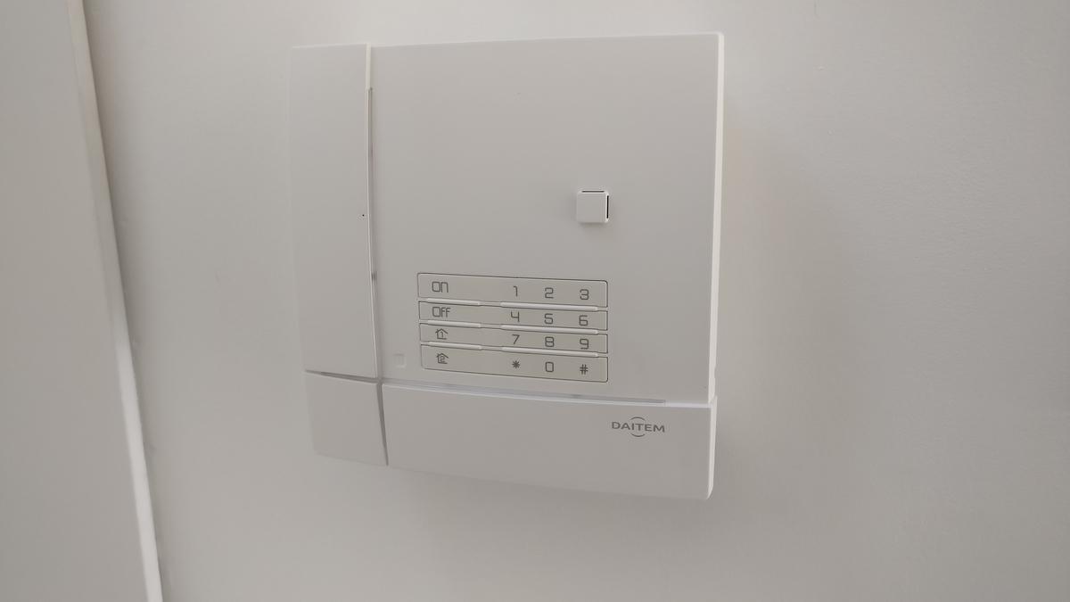 Centrale intrusion sans fil Daitem e-Nova